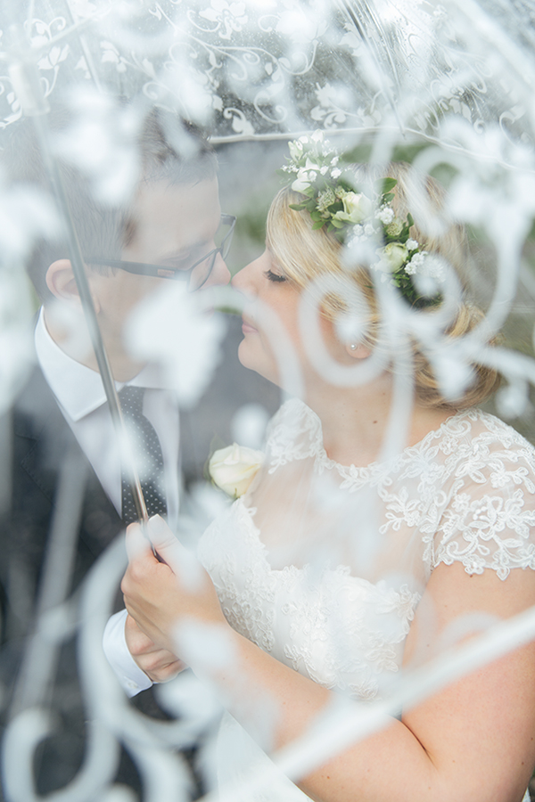 646A9767-bröllopsfotograf,-midsommar,-beloved,-Malmö,-regn,-bröllop