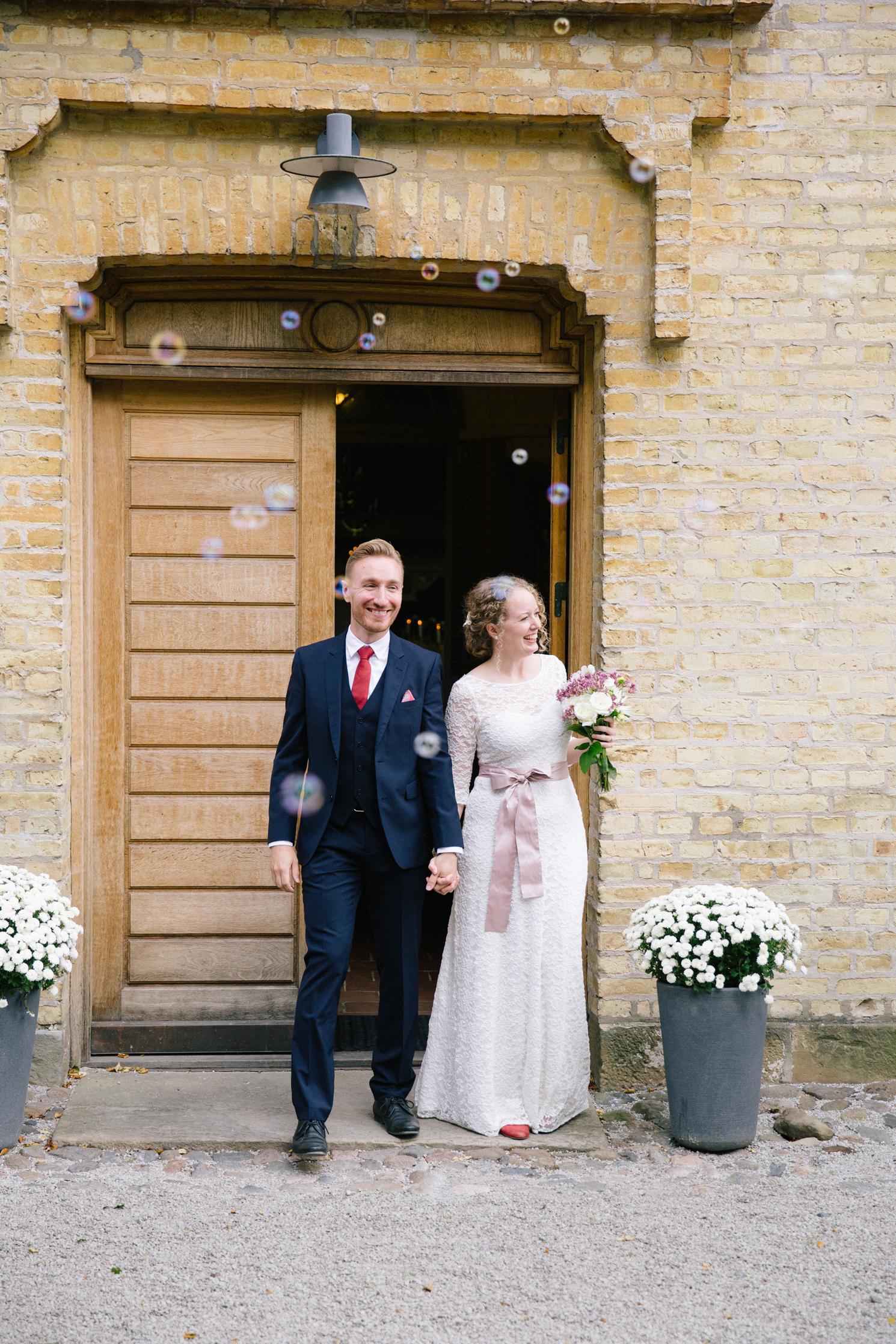 brollopsfotografering-maria-o-photo-vigsel-ortofta-slott-ortofta-kyrka-gratulationer-1