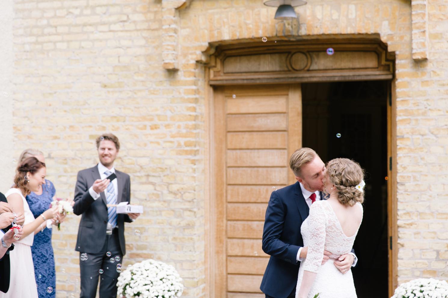brollopsfotografering-maria-o-photo-vigsel-ortofta-slott-ortofta-kyrka-gratulationer-2