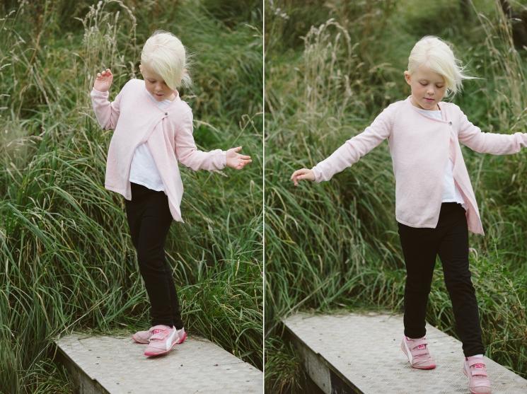 familjefotografering-barn-syskonfotografering-lillebror-storasyster-maria-o-photo-klagerup-2